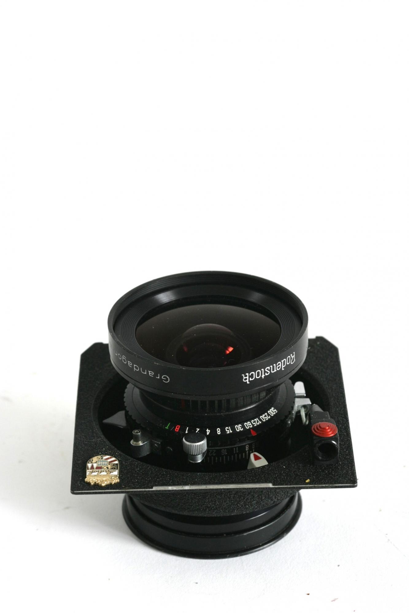 90mm   F:5.6