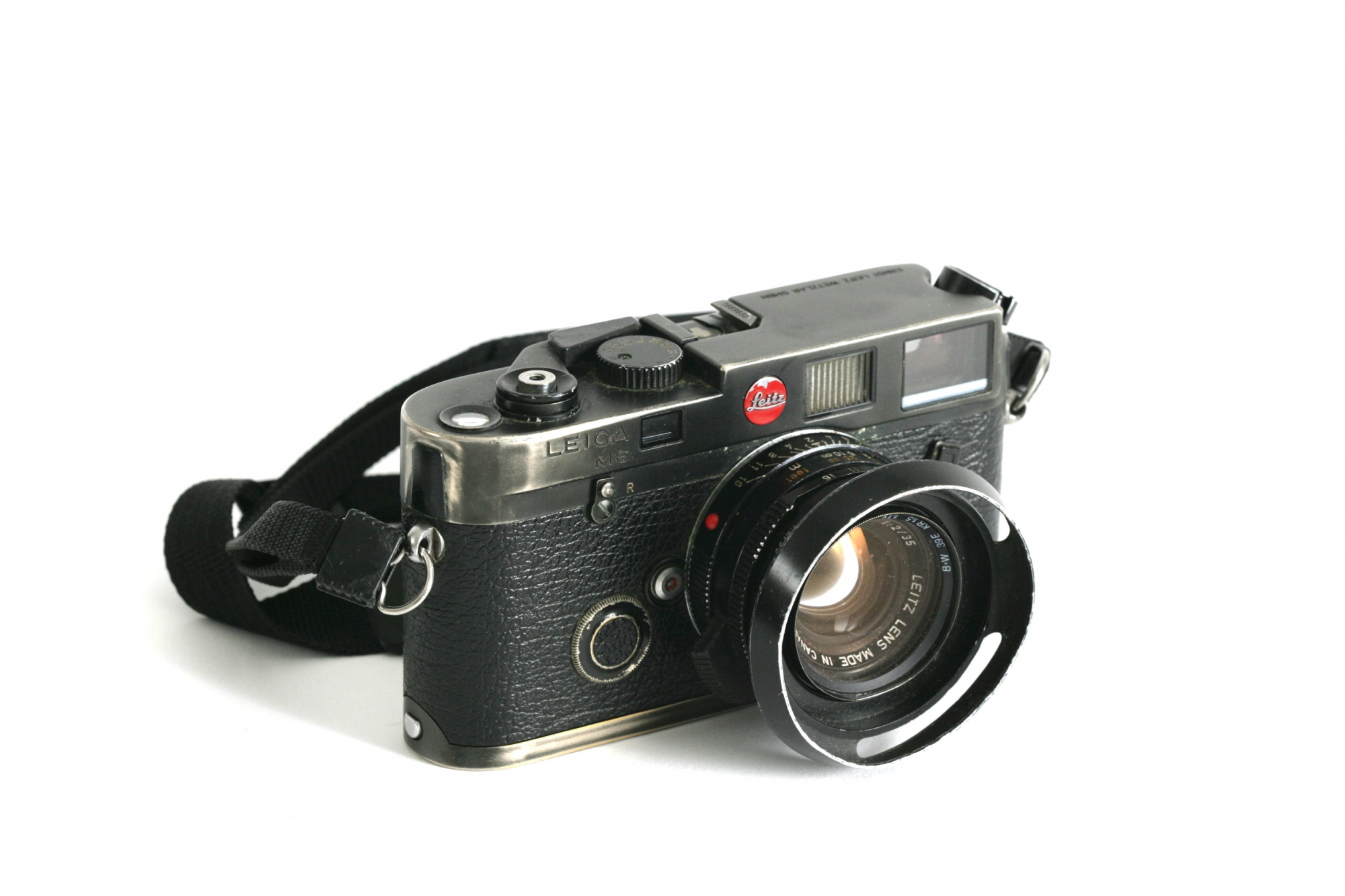 M6 Black	+ 35mm £175 per day