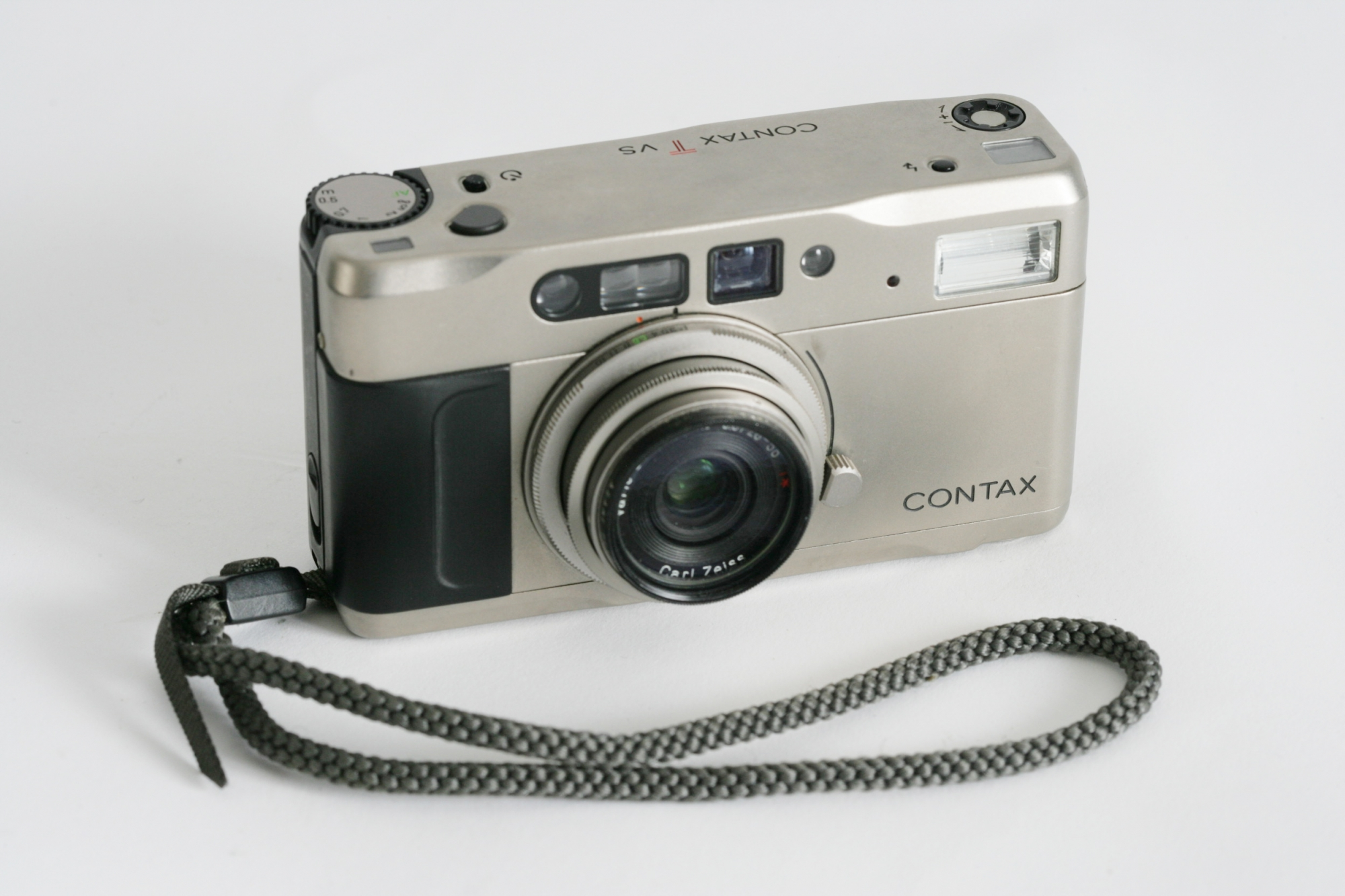 Contax TVS zoom to 55mm. £25 per day