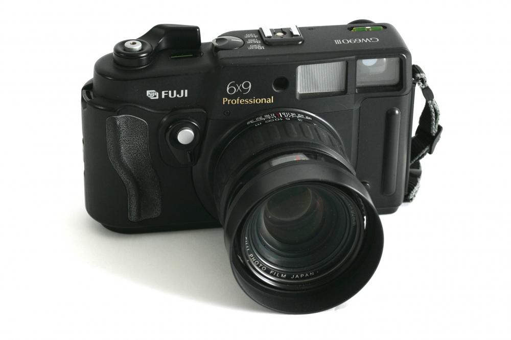 GW690111 Fuji 6 x 9 Fixed 90 F:3.5 mm lens £65-00
