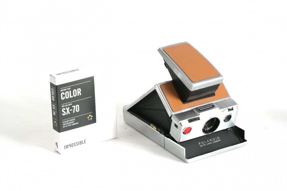 Polaroid SX70. Polaroid film not included.Available. £25 per day