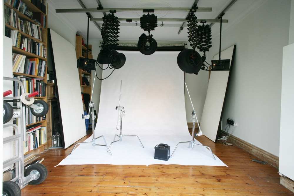 15 x 15ft Professionally equipped studio
