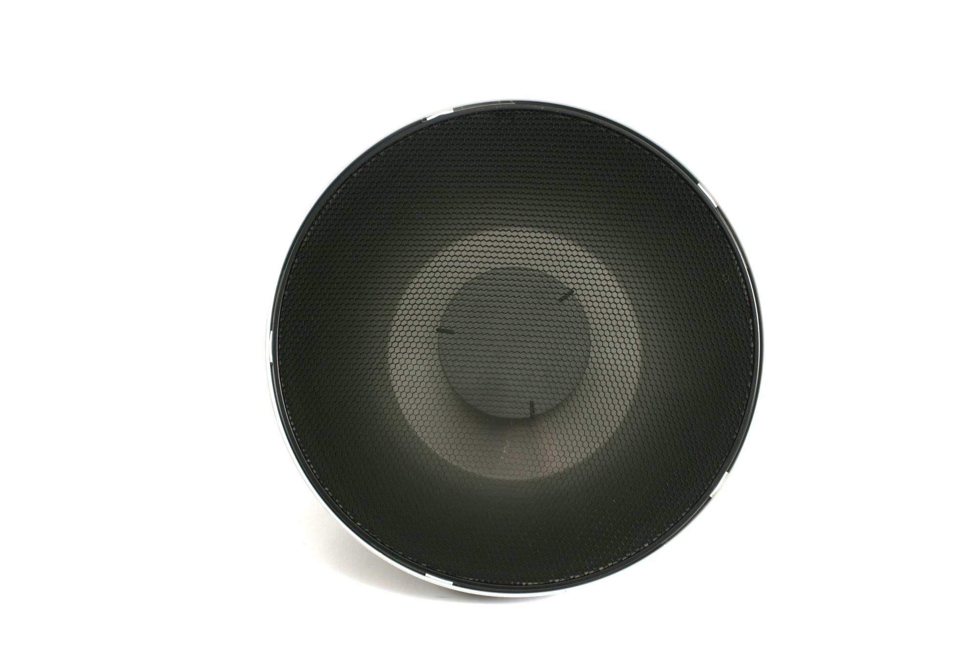 2 x Beauty dishes with 515mm diffusing grids £12-00 per unit per day